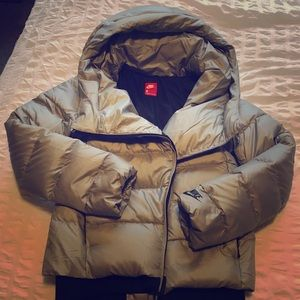 Nike cowl neck puffer jacket